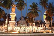 masjid jamek.jpg