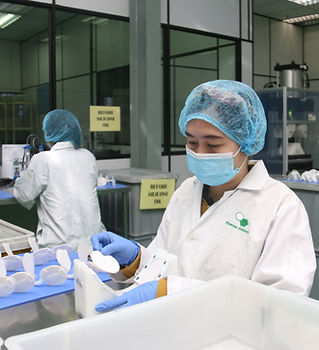 3) Hydrocolloid Pad Assembly View 1.JPG