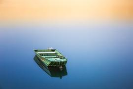 boat-1992136_1920.jpg