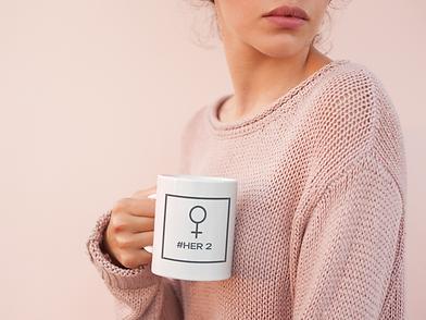 coffee-mug-mockup-surrounded-by-light-pi