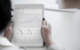 analysis-businesswoman-chart-955447_edited.jpg