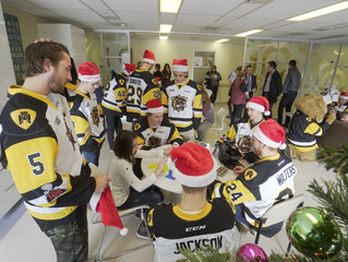 GALLERY: Visit to McMaster Children's Hospital