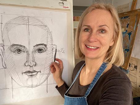 Tove Sparvath Holmøy er tegnelærer med eget nettkurs