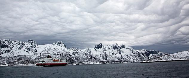 Magiske skyer inn til Lofoten