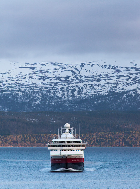 Hurtigurta Nordnorge face to face
