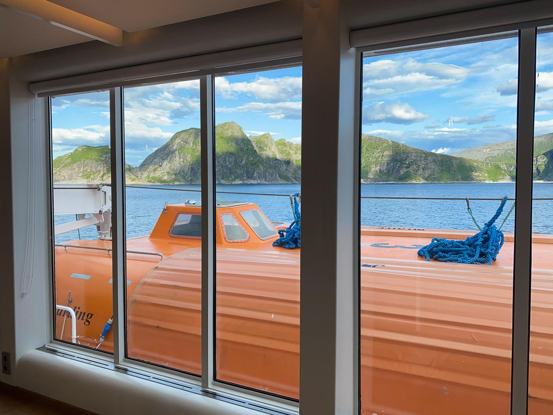 Flotte utsikter langs Hurtigruten