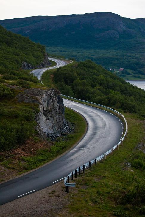 2011_Nord-Norge_Langs veien_49_1-X5.jpg