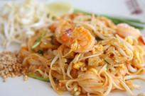 Thai food padthai.jpg