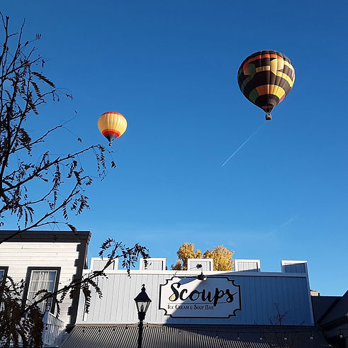 Scoups-Balloon.jpg