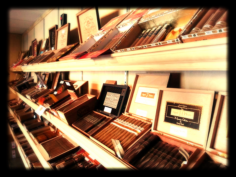 Top 10 Cigars Display