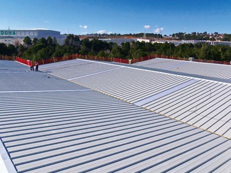 Nueva cubierta en las instalaciones de Kraft