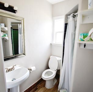 bathroom-suitesjpg