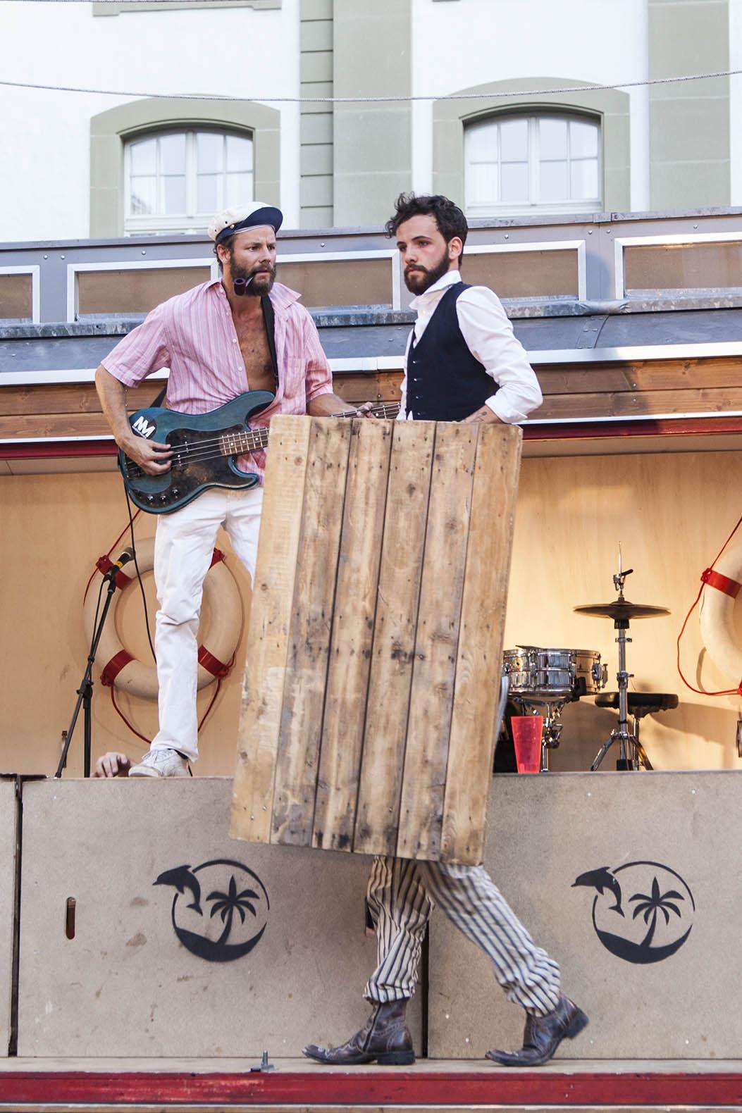 compagnie-trottvoir-2015-sofort-savoire-vivre_show_13