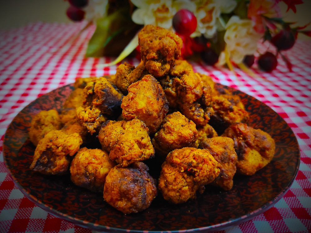Delicious, fried chicken breast morsels you can enjoy as an appetizer or a movie snack.