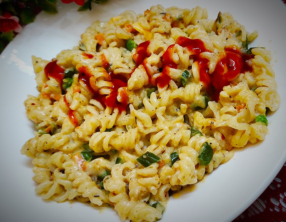 Peri Peri Creamy Pasta Recipe | Creamy Pasta with Peri Peri Mix | Easy Recipe of Peri Peri  Pasta by Sandipta's Cookery
