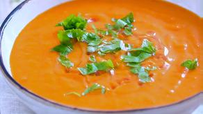 Veganistisch: Zoete aardappel-paprika soep.