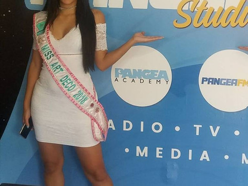 Si Se Puede PangeaFm Radio Interview