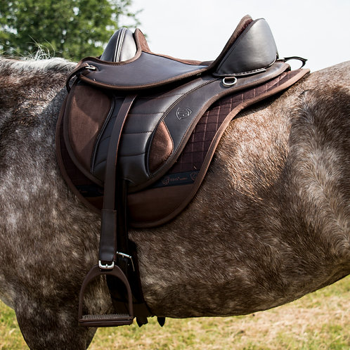 EDIX Vika Treeless Saddle