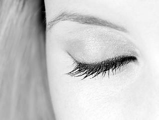 How to Achieve Long, Luscious Eyelashes