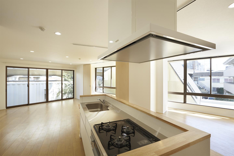 松戸の共同住宅
