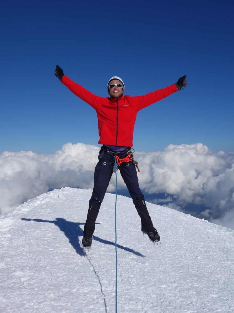 Climbing-Mont-Blanc.jpg