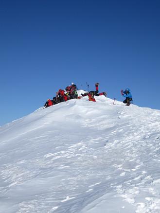 cosmiques-mountaineering-1.jpg