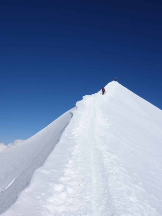 Mont-Blanc-with-a-guide.jpg