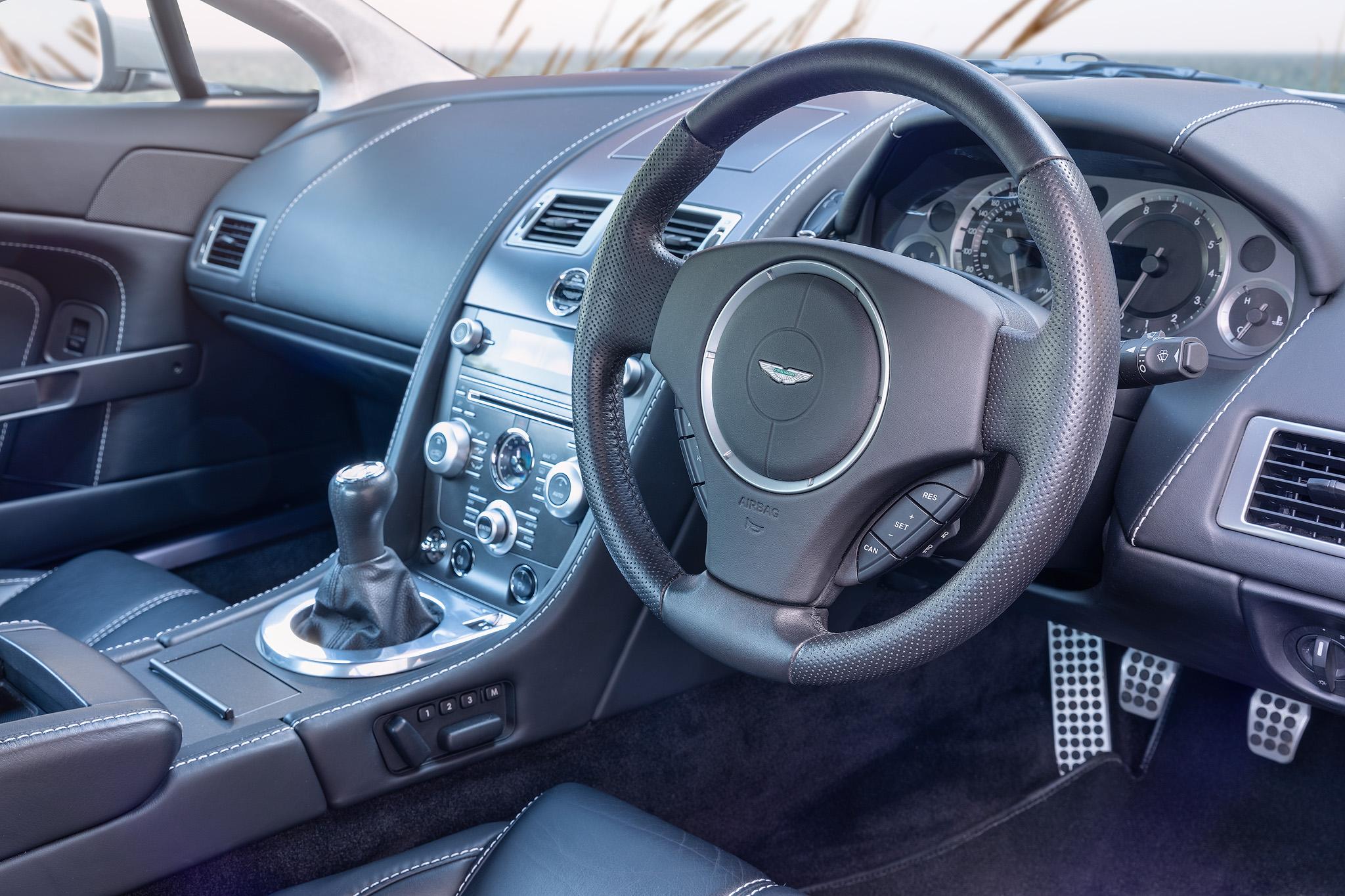 Vantage V8