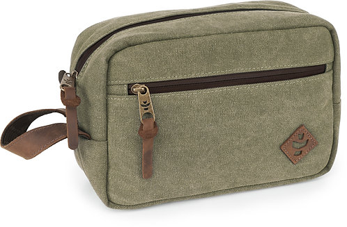 Stowaway - Sage, Toiletry Kit