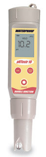 pHTestr 30 - .01 pH Accuracy Temperature Display
