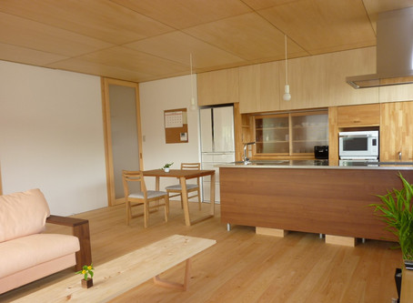 広島県府中市 |ヒノキの床材を使ったLDK | 2世帯住宅の2階リフォーム