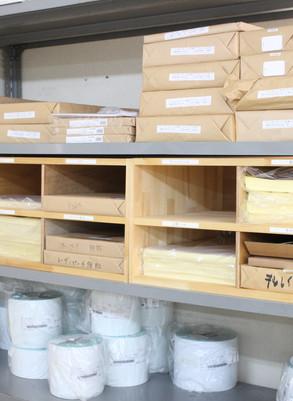 広島県府中市 | 印刷会社様の既存棚に合わせた造作
