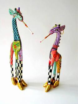 toms-drag-giraffe-olivia-drag-giraffe