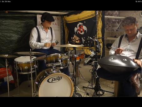 George & George (Handpan & Drums)