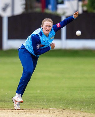 Hollie Armitage v Lancs_61Z1126.jpg