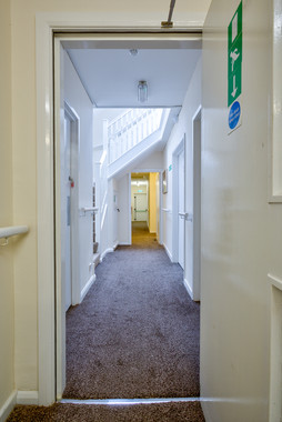 8- Hallway off entrance area_H9A2464_6 c