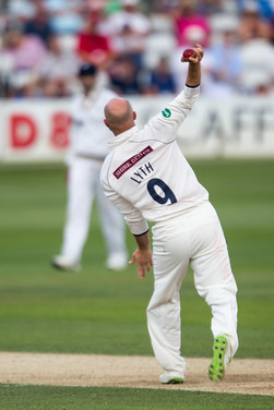 Lyth joins the action_61Z0694.jpg
