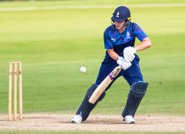 The dab for the hundred by Nat Sciver Di