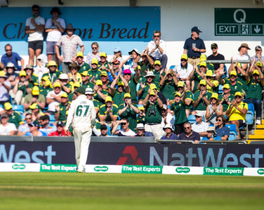 18Aussies on the way to victory, 286-8_6
