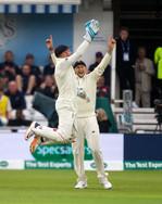 1st wicket, caught Bairstow_61Z6725.jpg