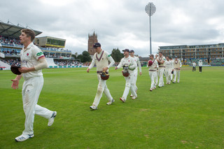Somerset now top the table, 2 to play_H9