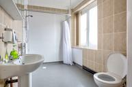 22- Bedroom 4 en-suite _H9A2482_4 Small_