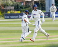 Lyht and Loten in big stand for YCCC at