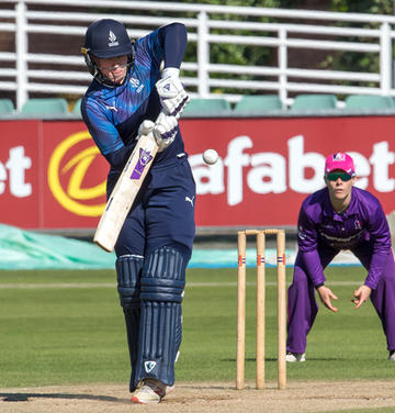 Hollie Armitage v Lightning, Durham _61Z