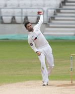 Maharaj searching for his 10th wicket_61