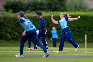 Katie Thompson v Lancs_61Z1059.jpg