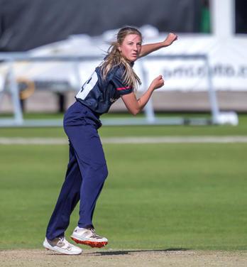 Libby Heap, Thunder, bowling at Headingl