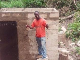 Un prof de maths construit un barrage tout seul pour électrifier son village natal