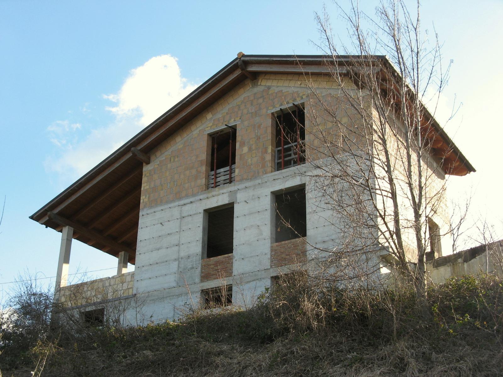 HouseAroundAbruzzo-Corvara