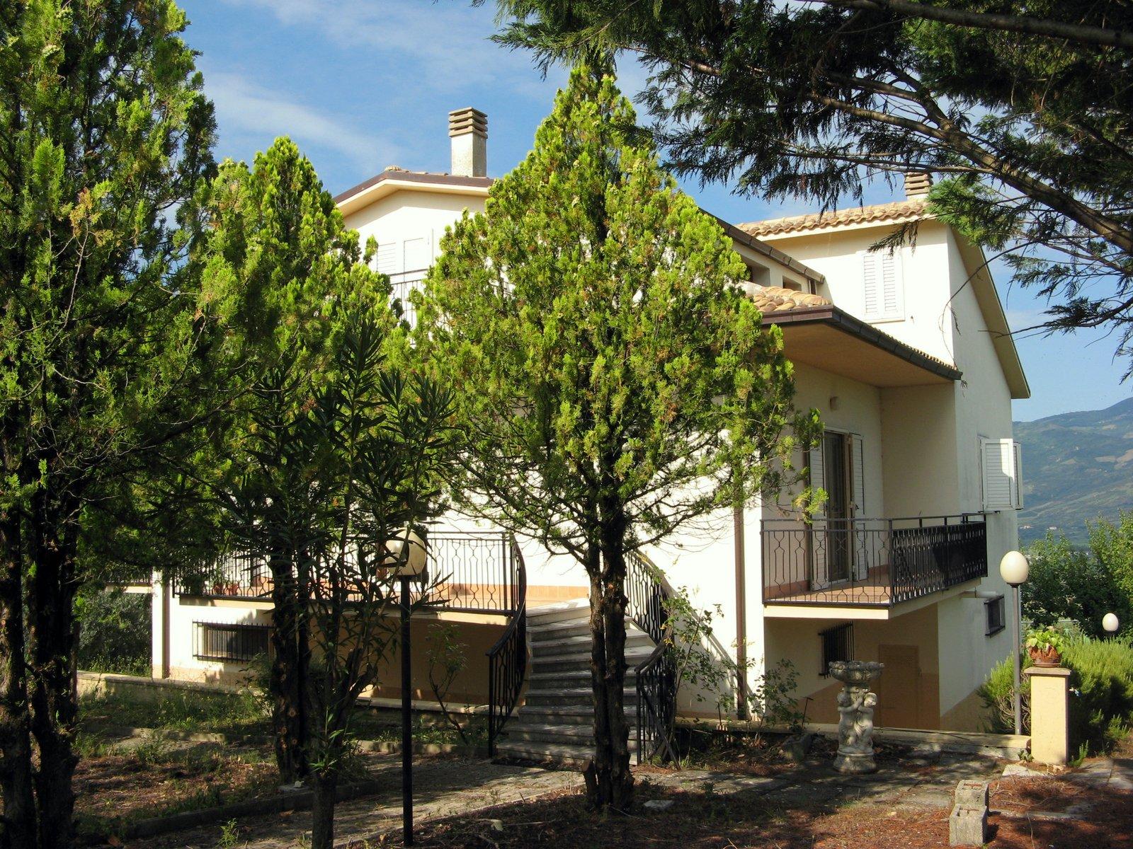 bolognano_housesofitaly_1 IMG_8707a.JPG